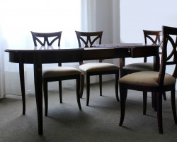 151 Tavolo ovalino ciliegio con 4 sedie