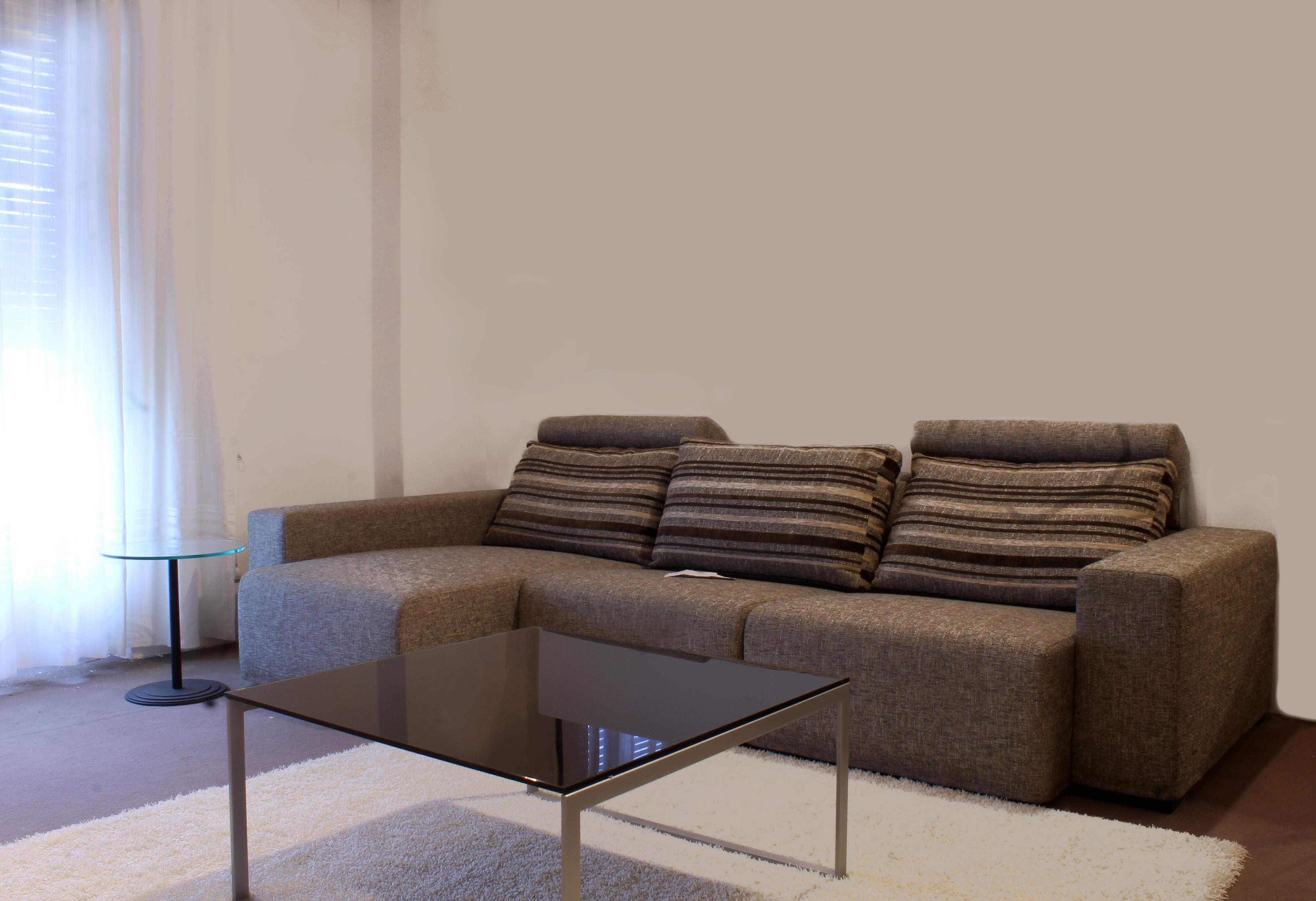 Leonetti arredamenti outlet divani e poltrone for Binacci arredamenti divani