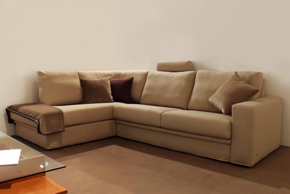 Outlet divani e poltrone leonetti arredamenti for Outlet poltrone
