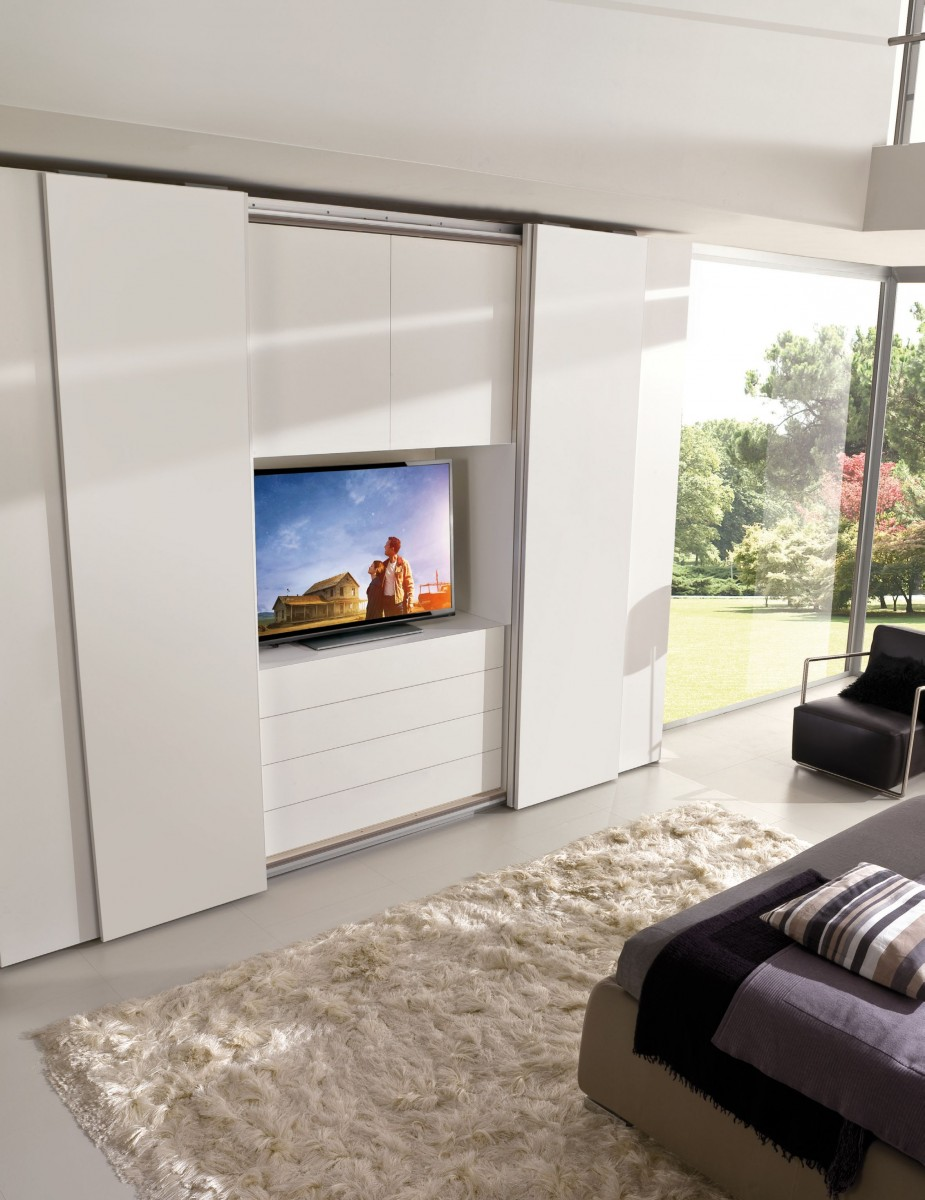 Armadi e cabine armadio leonetti arredamenti - Camera da letto con tv ...